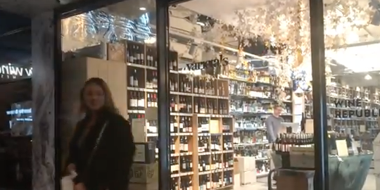 Bottle Shop Static Security Guard